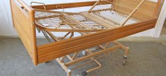 Pflegebett-hydraulisch-Web A-34779