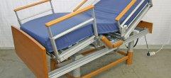 Pflegenbett-elektrisch A-33475